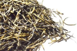 Kiefernnadel Chinesischer schwarzer Tee